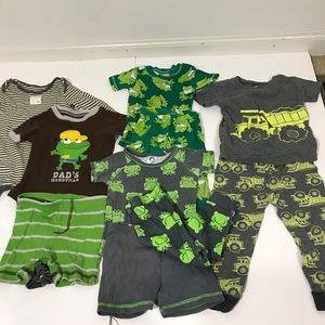 Bundle of 4: Baby Pajamas Frogs Long & Short 18 Mo